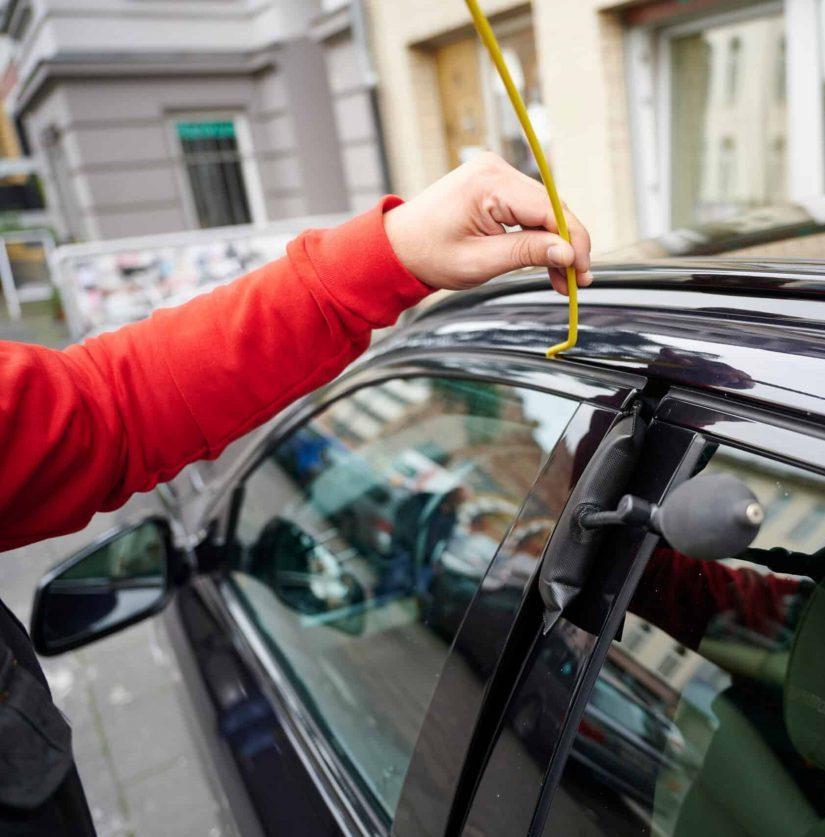 Autoöffnung mit einem Luftkissen