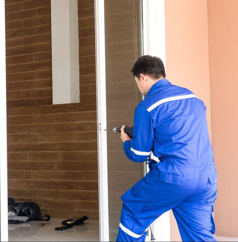 Reparatur einer Tür